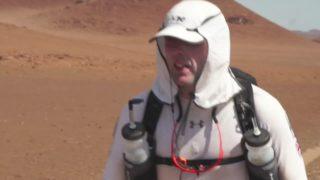 Blind athlete runs desert marathon unassisted using smartphone app