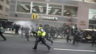 Violence breaks out ahead of Trump inauguration