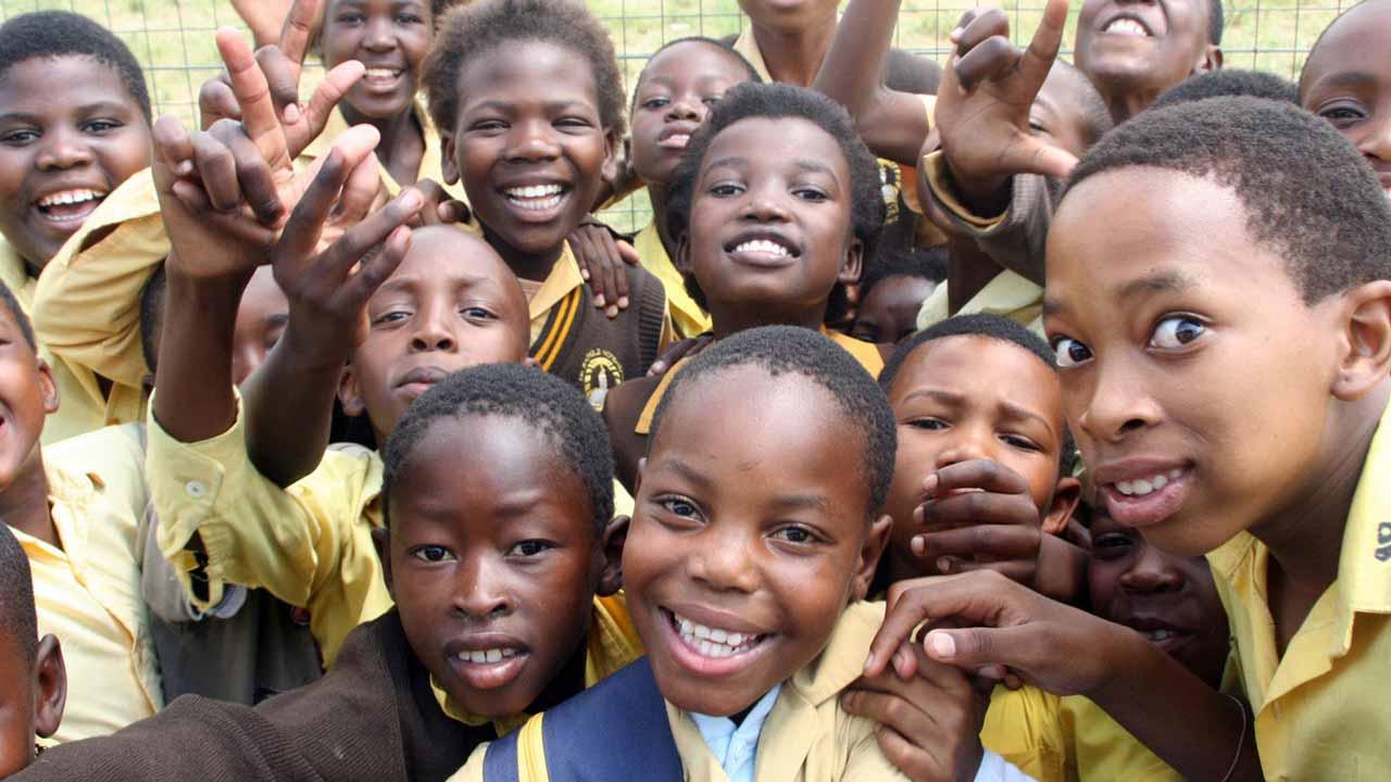 Ambode trains 1,500 students on calisthenics for `Lagos @ 50′ celebrations:Simple_mind