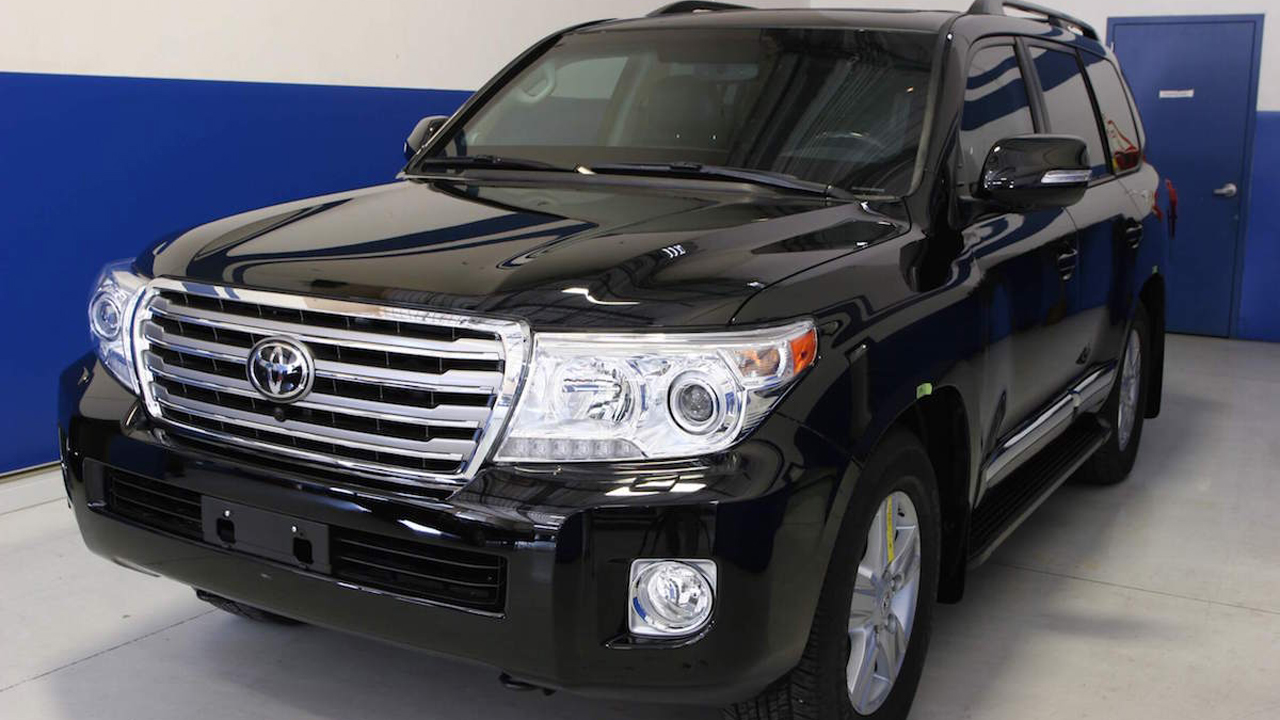 Toyota_Landcruiser_1409004537-1418400389