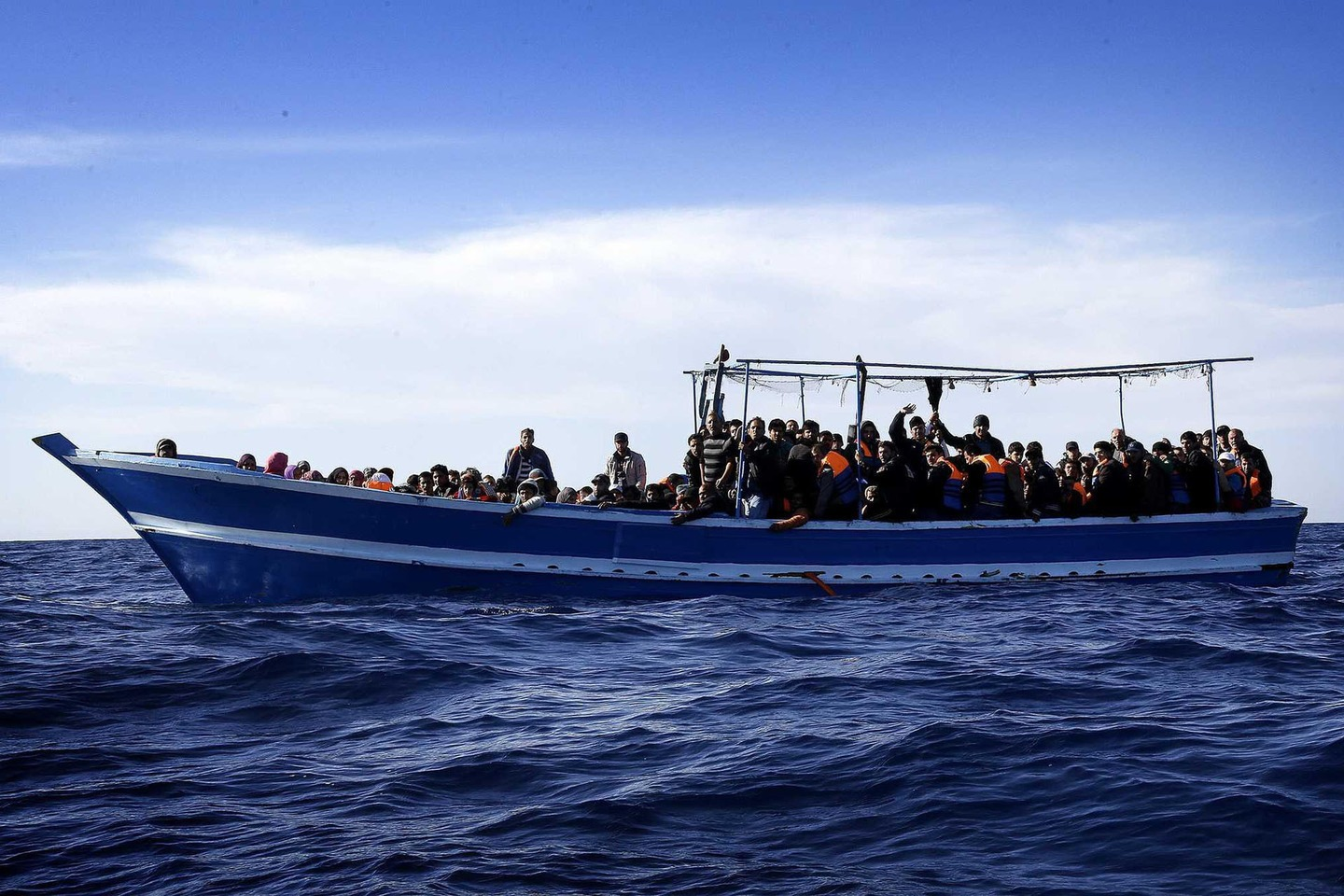 13 Europe-bound migrants suffocate in Libya container