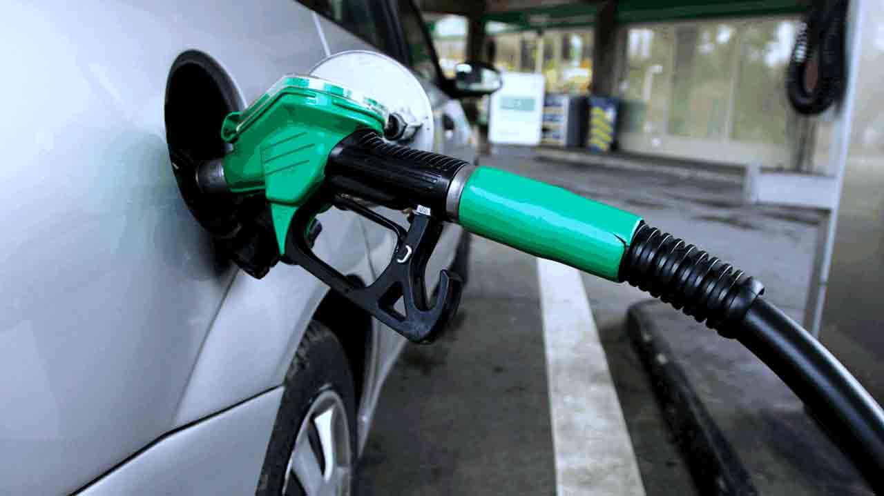 Petrol_pump-price