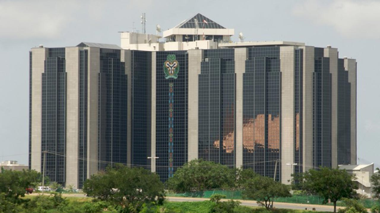 Central Bank of Nigeria keeps monetary policy rate at 14 %