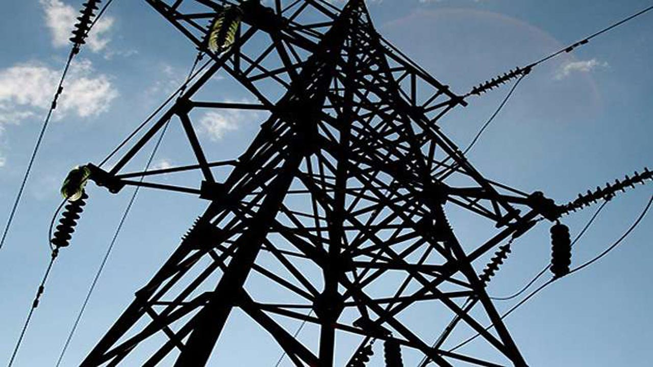 High tension construction for electricity transmission