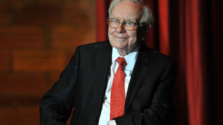 Billionaire businessman Warren Buffett(AFP Photo/Steve Pope)