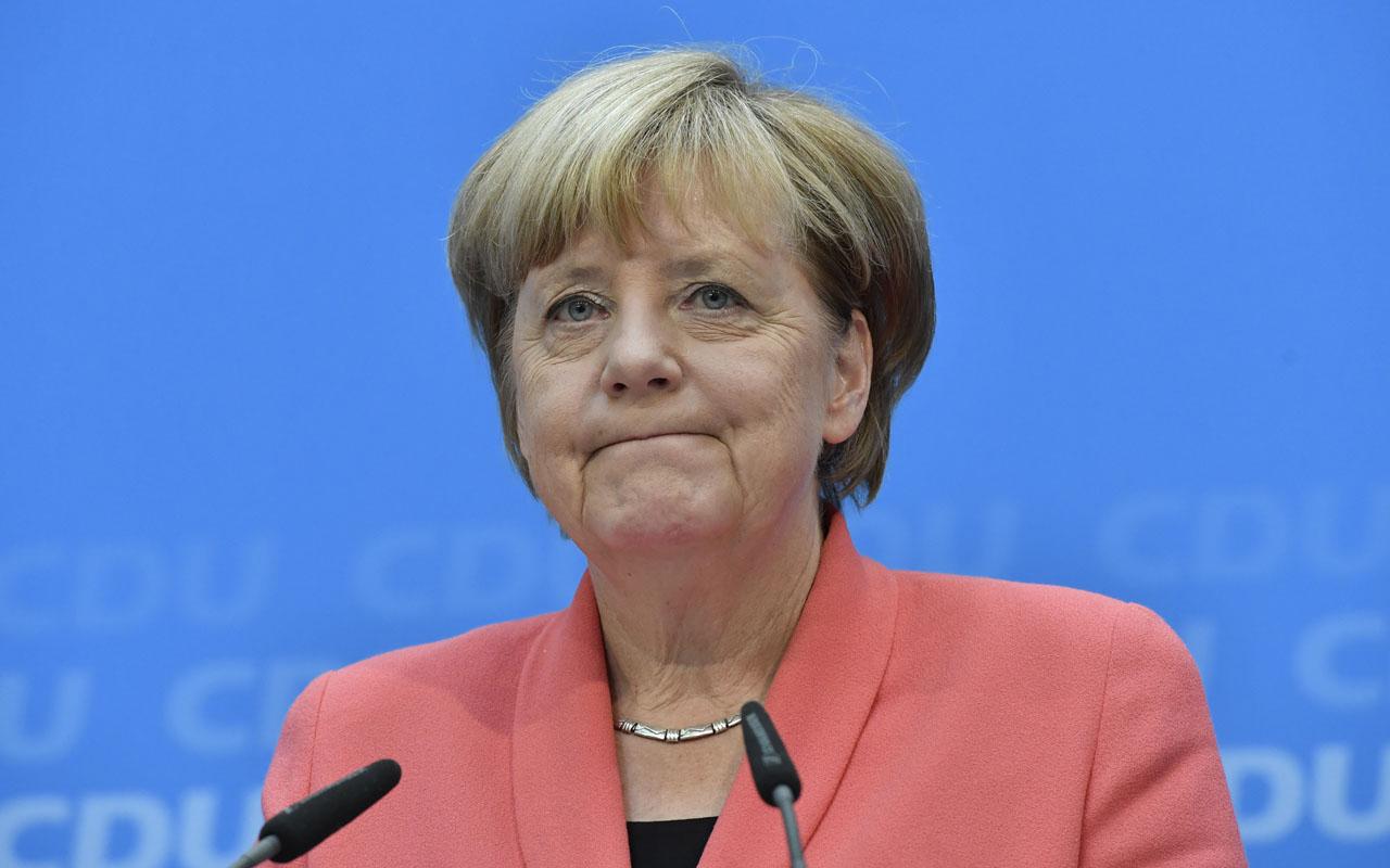 German Chancellor Angela Merkel/ AFP PHOTO / John MACDOUGALL