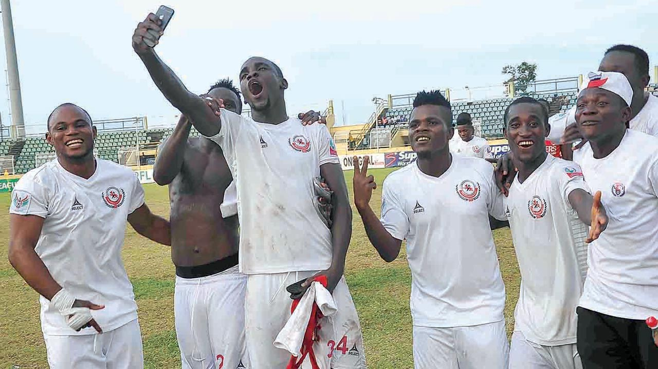 Close to Nirvana…Enugu Rangers' players celebrating their 2-1 defeat of Ikorodu United that has brought them close to their first league title in 32 years. PHOTO: LMC.