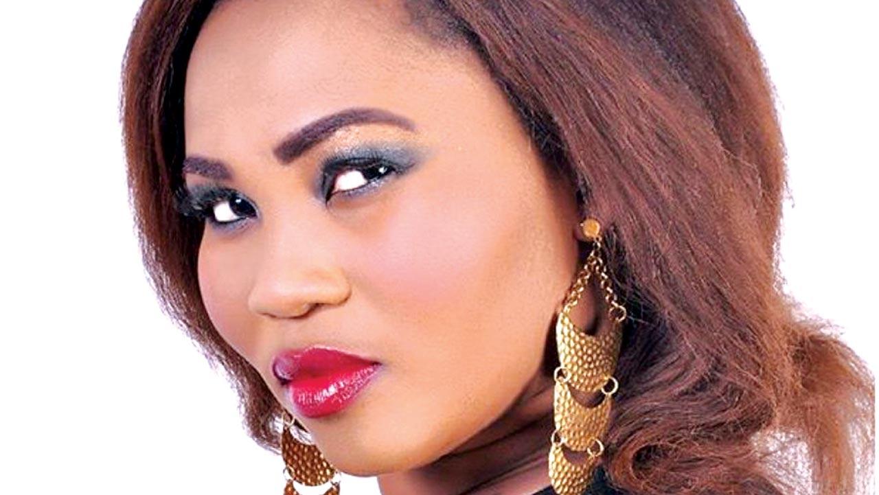 Yewande Adekoya