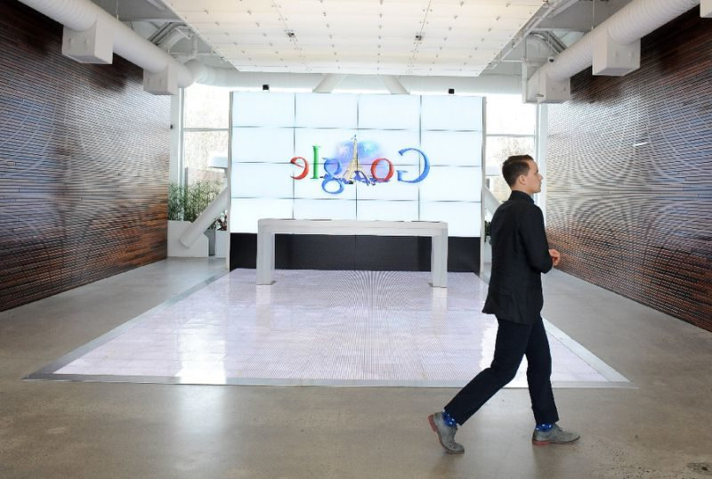Google and Facebook are working with Pacific Light Data Communication Company and with undersea communications technology firm TE SubCom on a high-capacity internet cable that will run from Los Angeles to Hong Kong, PHOTO: AFP/Susana Bates