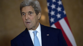US Secretary of State John Kerry speaks at a joint press conference after a meeting on the situation in Syria at Lancaster House in London on October 16, 2016. The United States and Britain warned today that western allies were considering imposing sanctions against economic targets in Syria and Russia over the siege of Aleppo.  / AFP PHOTO / POOL / JUSTIN TALLIS