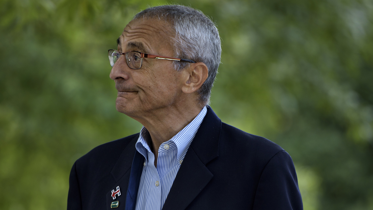 John Podesta, Clinton Campaign Chairman, walks to Democratic presidential nominee Hillary Clinton's Washington DC home October 5, 2016 in Washington, District of Columbia. PHOTO: AFP / Brendan Smialowski