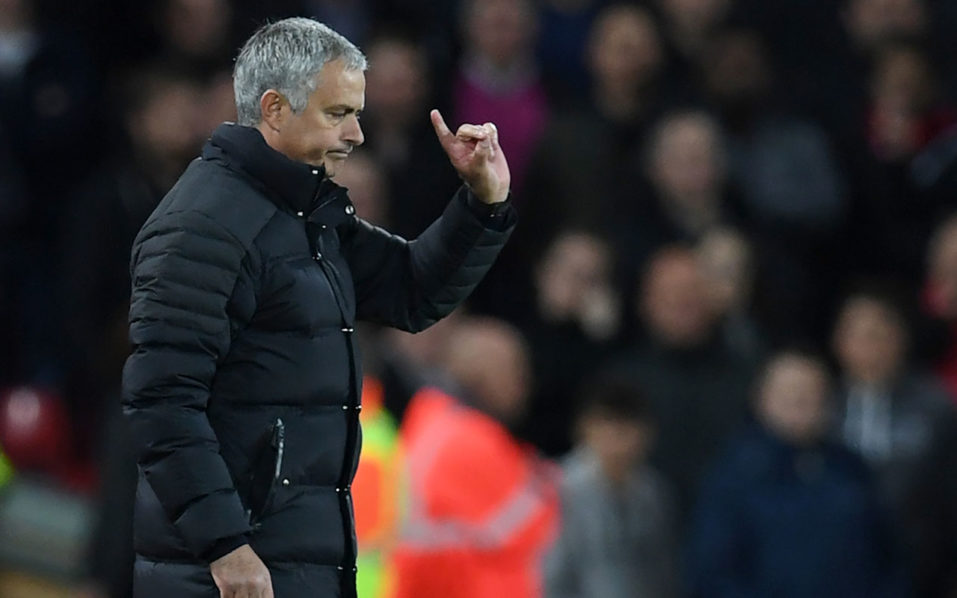 Manchester United's Portuguese manager Jose Mourinho gestures to the referee during the English Premier League football match between Liverpool and Manchester United at Anfield in Liverpool, north west England on October 17, 2016. / AFP PHOTO / Paul ELLIS /