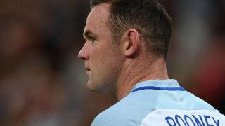 England's captain Wayne Rooney  / AFP PHOTO / Justin TALLIS /
