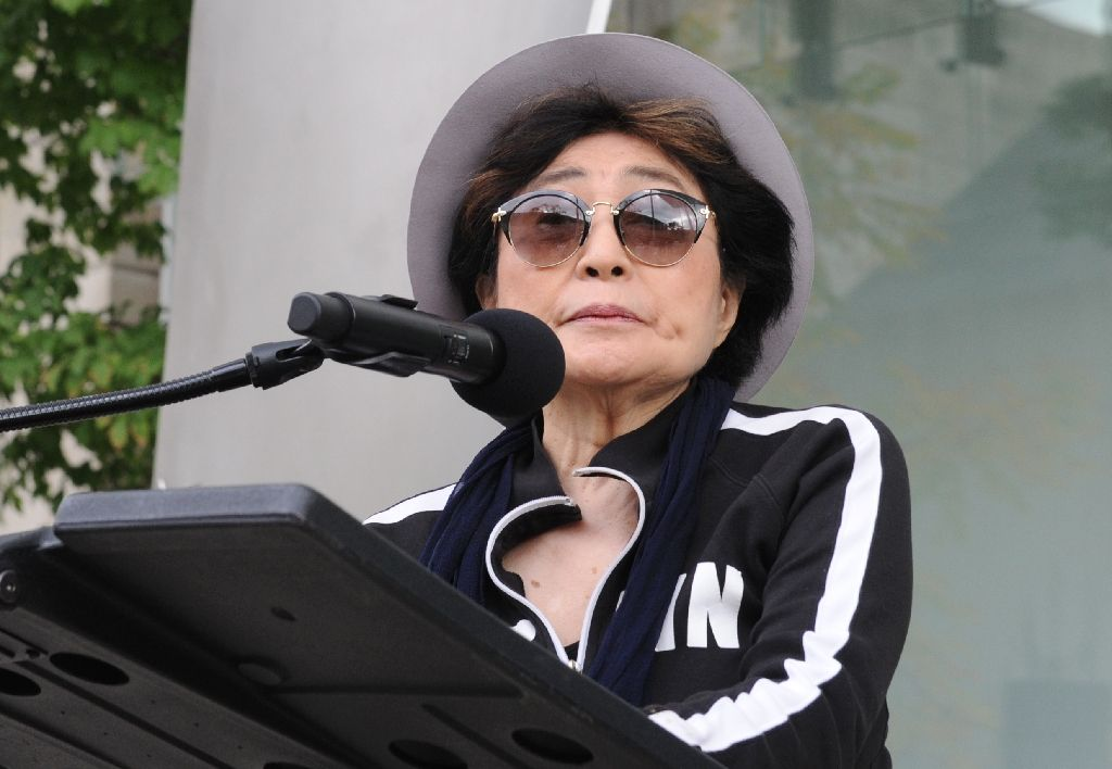 Yoko Ono speaks during the unveiling of her first permanent US art installation in Chicago, Illinois on October 18, 2016 Yoko Ono speaks during the unveiling of her first permanent US art installation in Chicago, Illinois on October 18, 2016 (AFP Photo/Nova Safo)