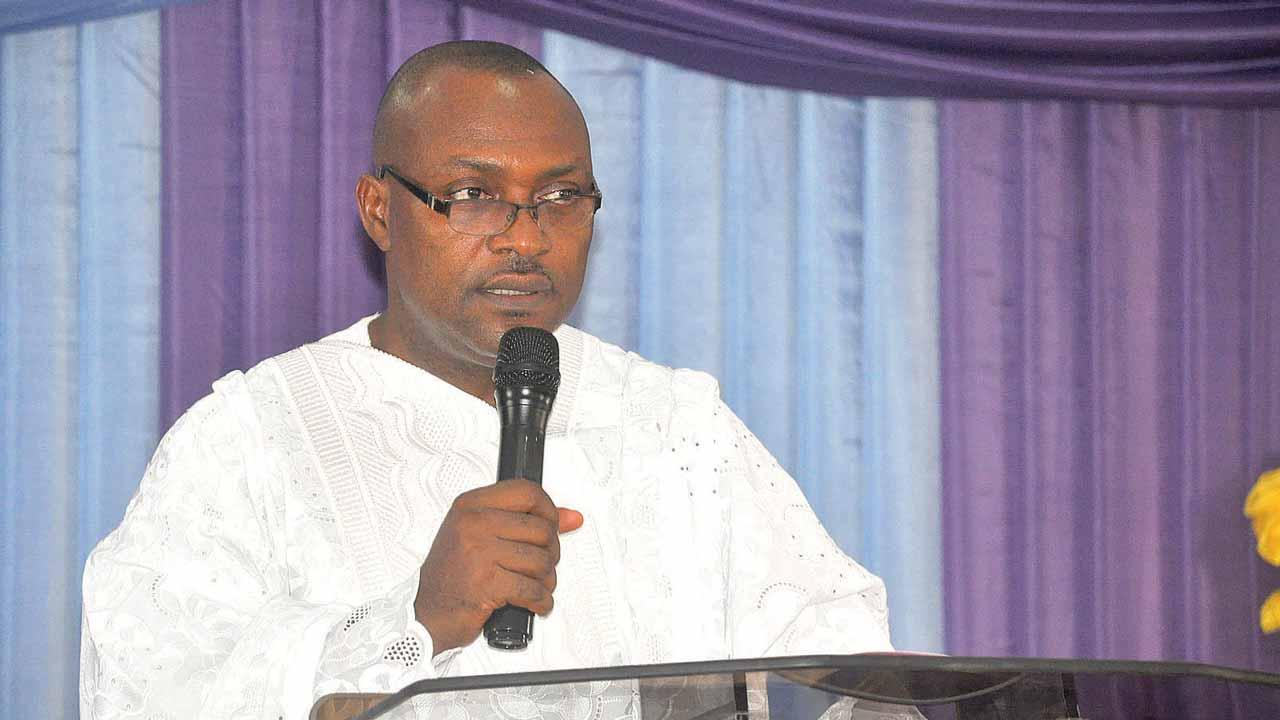 Rev. Dr. Eseme Unen