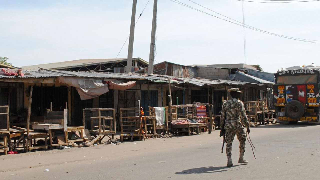 One person was seriously injured when a suicide bomber aged around 10 blew herself up in a New Year's Eve attack in the northeastern Nigerian city of Maiduguri, witnesses and aid workers told AFP Sunday.