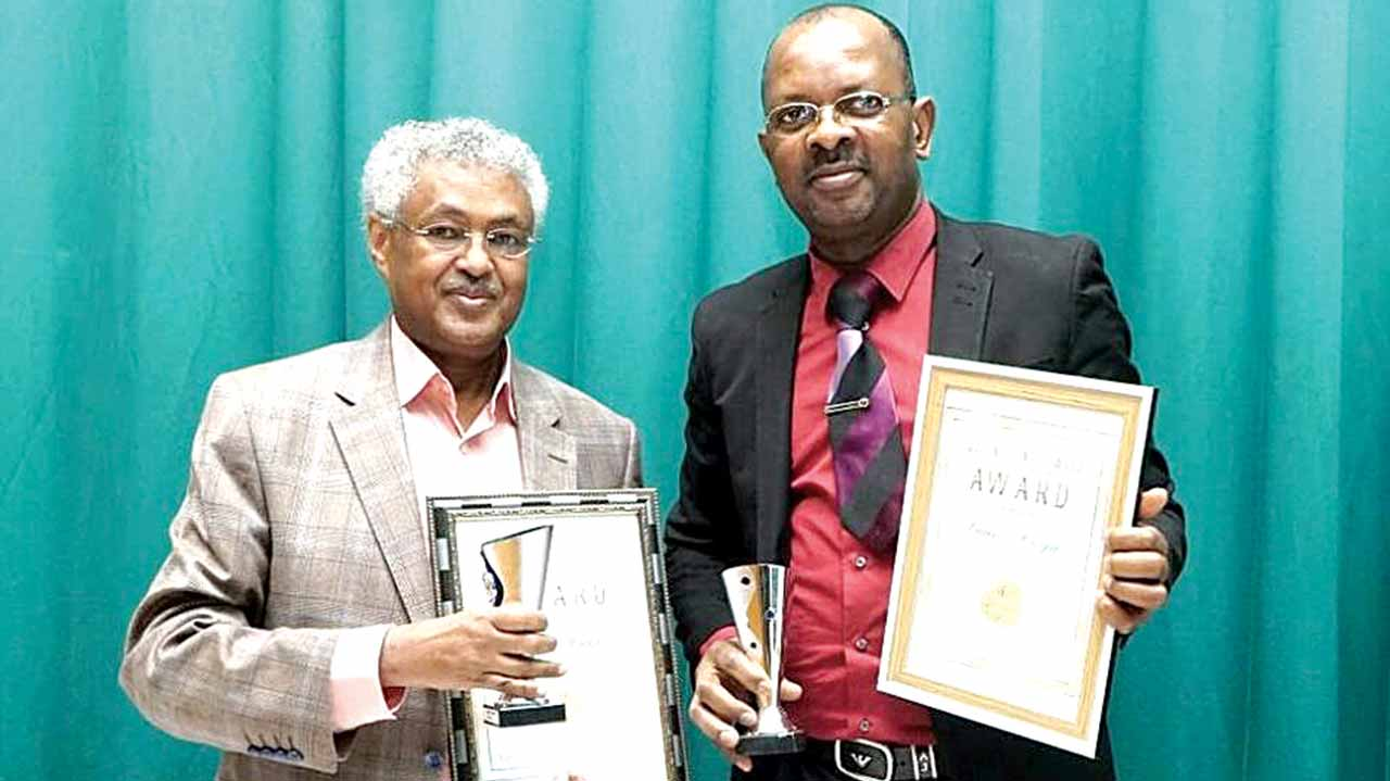 celebrityextra-14-1-17-izoya-right-wins-nollywood-award