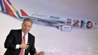 Australian James Hogan President and CEO of Etihad Aviation Group and Vice President of Alitalia speaking during a press conference in Rome to promote the new Alitalia service. Abu Dhabi-based Etihad Airways said on January 24, 2017 its chief executive officer James Hogan will step down in the second half of 2017 after leading the fast-growing Gulf carrier for more than 10 years. / AFP PHOTO / Andreas SOLARO