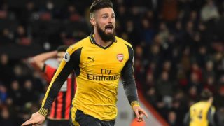 Arsenal's French striker Olivier Giroud celebrates after scoring their third goal during the English Premier League football match between Bournemouth and Arsenal at the Vitality Stadium in Bournemouth, southern England on January 3, 2017. The game finished 3-3. Glyn KIRK / AFP