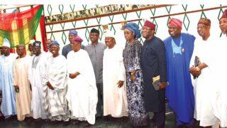 Governor Rauf Aregbesola (right), Alhaji Lai Mohammed, Governor Akinwunmi Ambode, Dr. Kayode Fayemi, Mrs. Kemi Adeosun, Governor Abiola Ajimobi, Otunba Niyi Adebayo, Mr. Babatunde Fashola, Aremo Olusegun Osoba, Chief Bisi Akande, Mr. Femi Gbajabiamila, Asiwaju Bola Ahmed Tinubu, Chief Adebayo Shittu, Chief Segun Oni and Governor Ibikunle Amosun during the All Progressives Congress (APC South West) stakeholders meeting in Ibadan…yesterday               PHOTO: NAJEEM RAHEEM