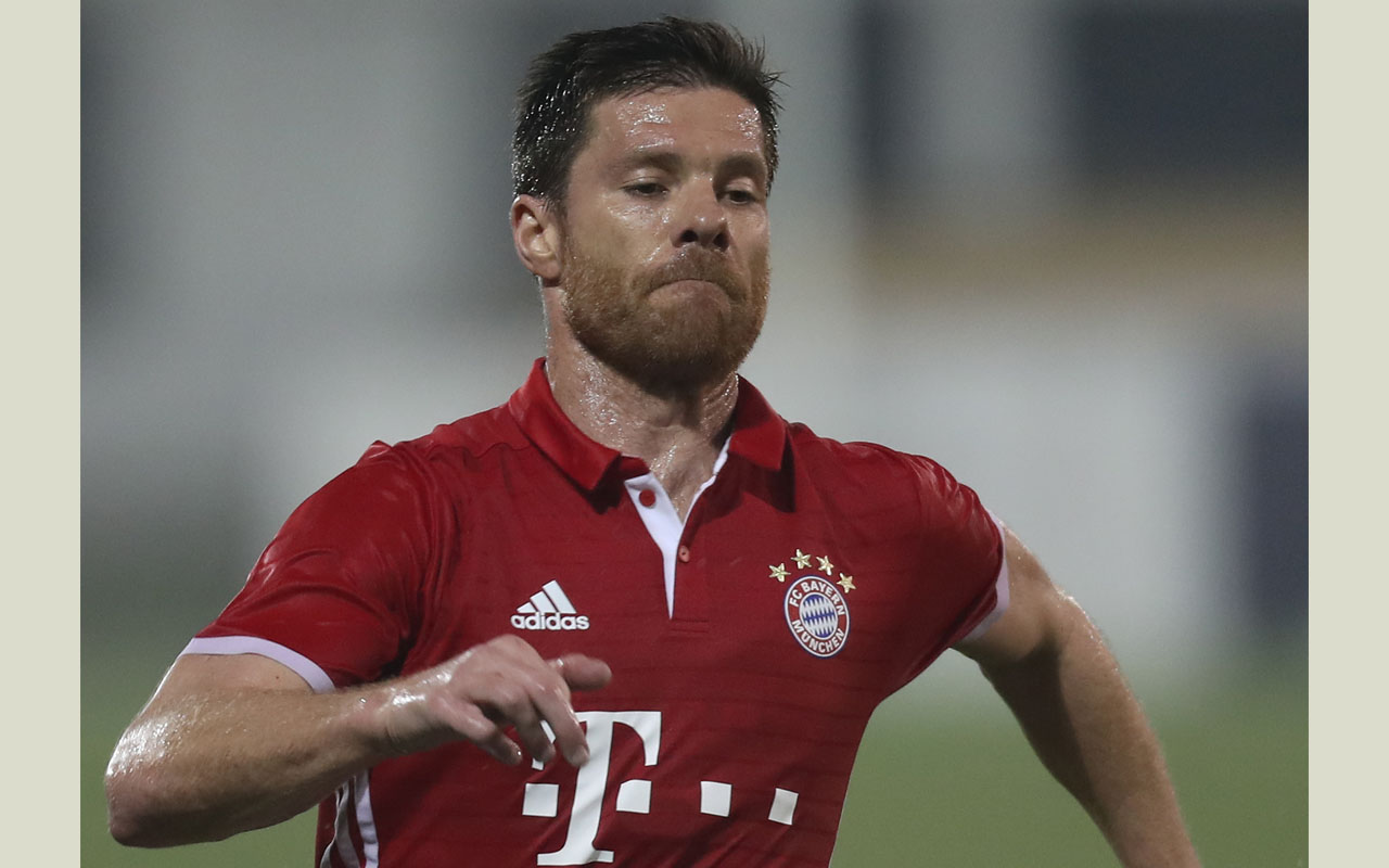 Xabi Alonso hair, hairstyles and haircuts - Style guide
