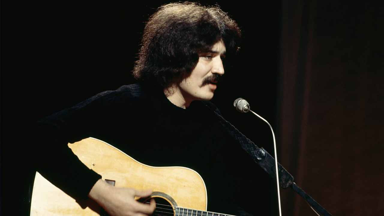"British singer Peter Sarstedt who penned the hit ""Where Do You Go To My Lovely"" has died at the age of 75, the BBC reported on Sunday."
