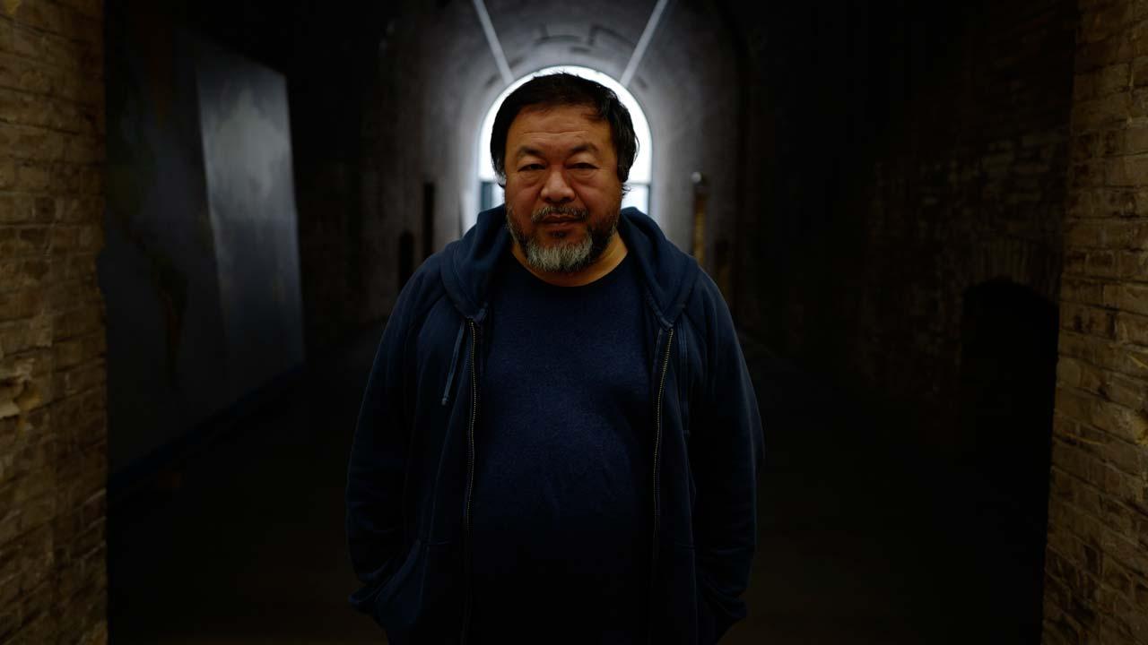 Anybody could be a refugee ai weiwei films global for Wei wein kühlschrank