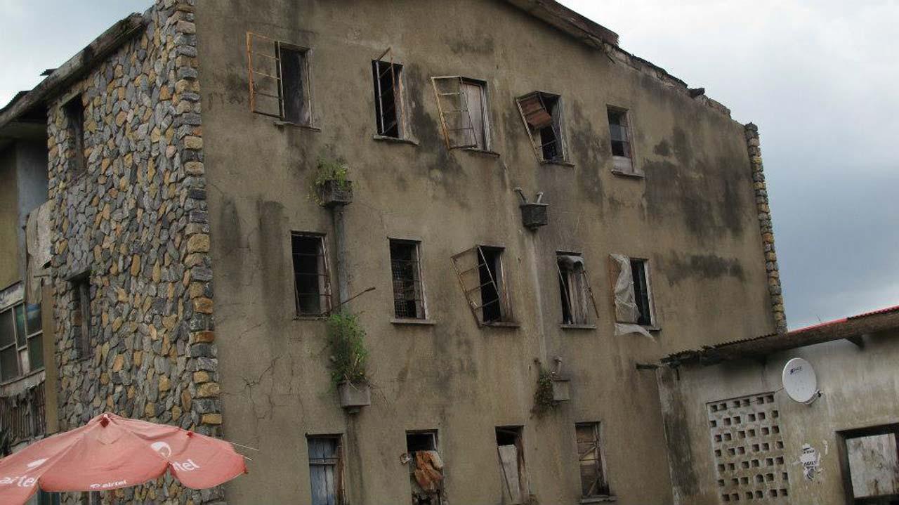 Vacate dilapidated barracks, AIG warns policemen