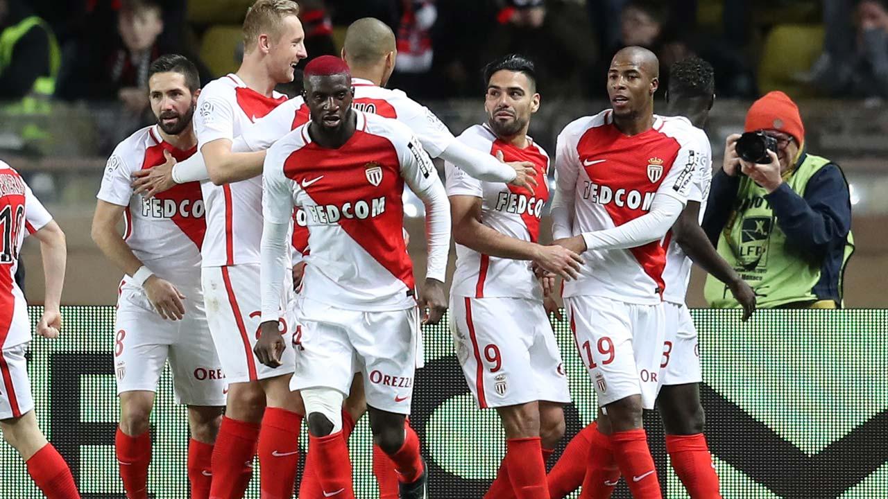 Monaco go clear as Falcao downs Nice