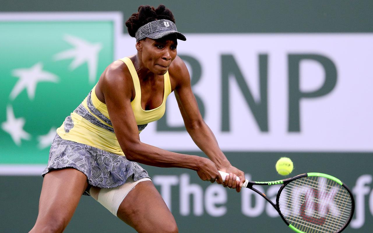 Vesnina vanquishes Venus to set semi-final with Mladenovic