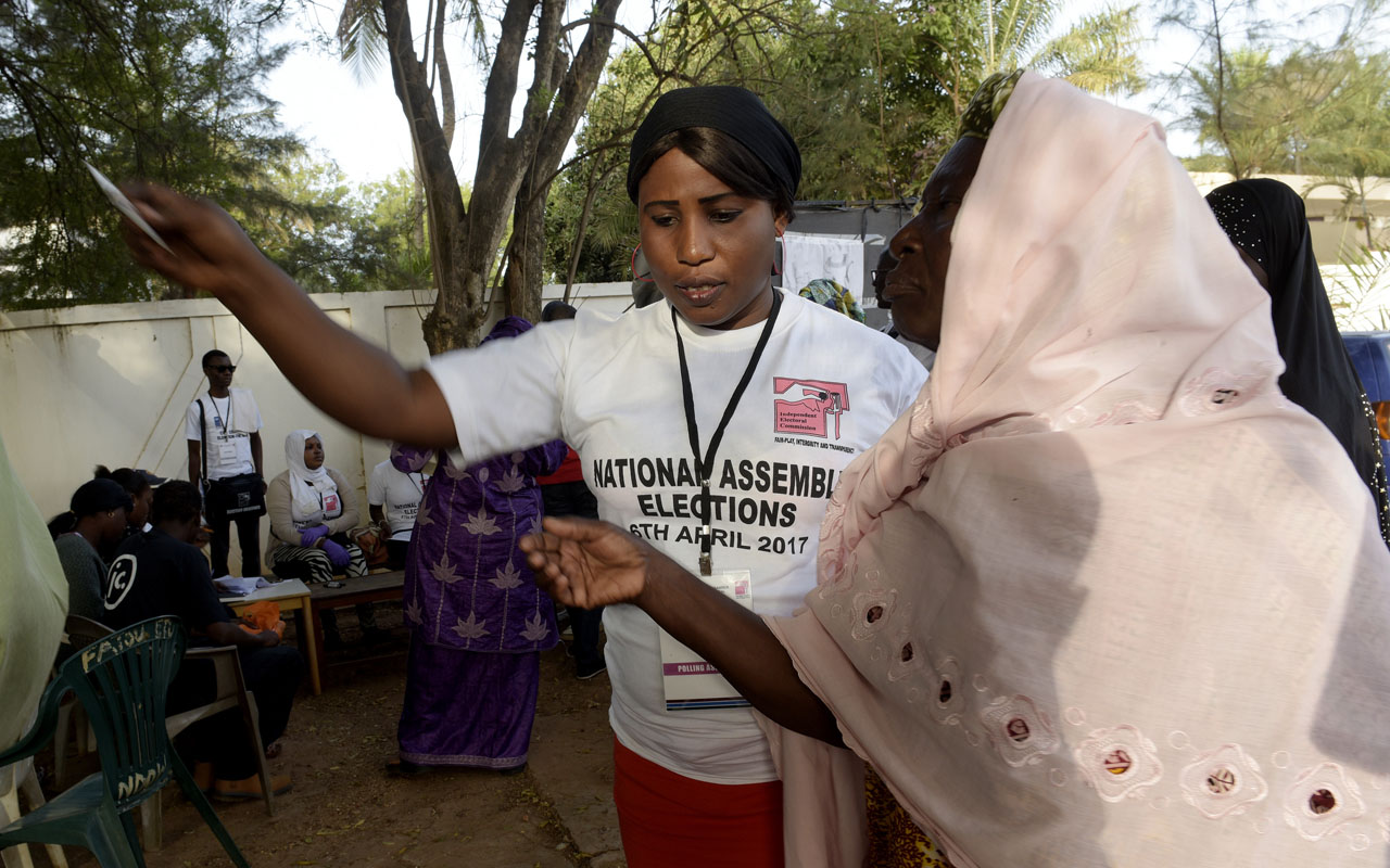 Gambians begin voting in first post-Jammeh poll